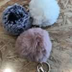KEYCHAIN FLUFFY DIV COLORS